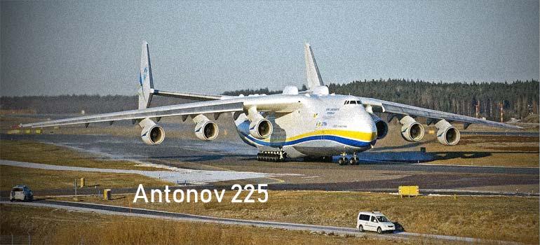 Antonov 225, es el avión mas grande del mundo.